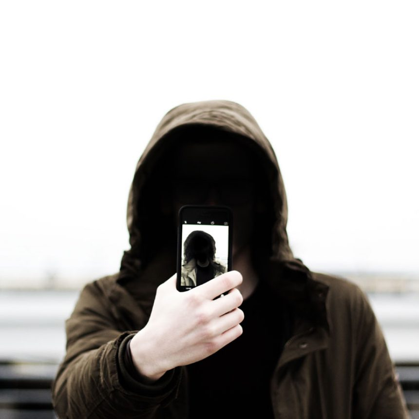 Protect yourself against Catfish private investigator